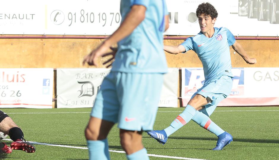 Temp. 17-18 | Navalcarnero - Atlético de Madrid B | Sergio Camello
