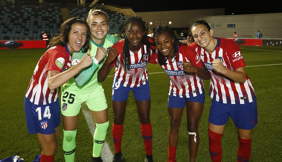 Temporada 18/19 | Manchester City Femenino - Atético Femenino | Celebración grupo