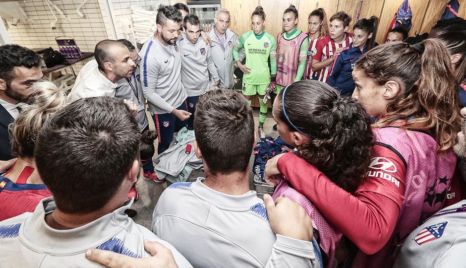 Temporada 18/19 | La otra mirada Manchester City - Atlético de Madrid Femenino | Vestuario