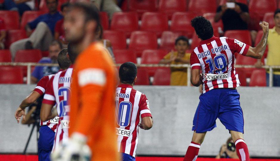 Temporada 13/14 Sevilla-Atlético de Madrid Diego Costa festejando su gol en el Sánchez Pizjuán