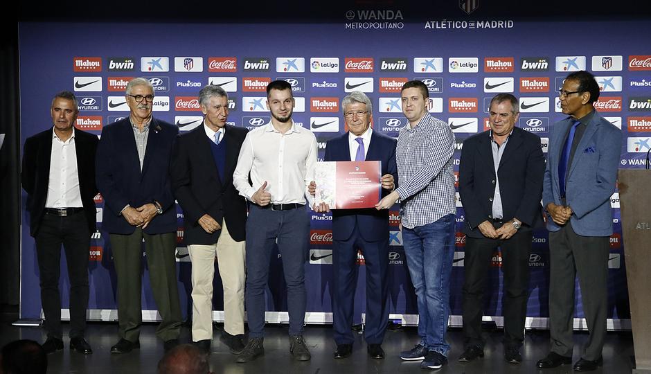 Temporada 18/19 | Atlético de Madrid - Real Sociedad | Día de las Peñas 2018 | Colchoneros Unidos de Rusia