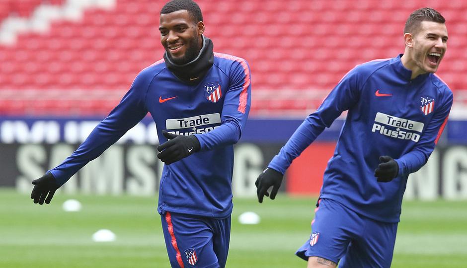 temporada 18/19. Entrenamiento en el estadio Wanda Metropolitano. Lemar y Lucas durante el entrenamiento