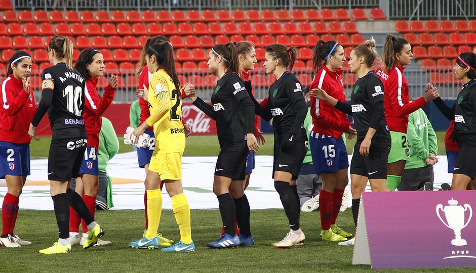 Temporada 18/19 | Atlético de Madrid Femenino - Málaga | Saludo