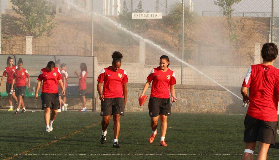 Temporada 2013-2014. El calor fue protagonista en la sesión del Féminas
