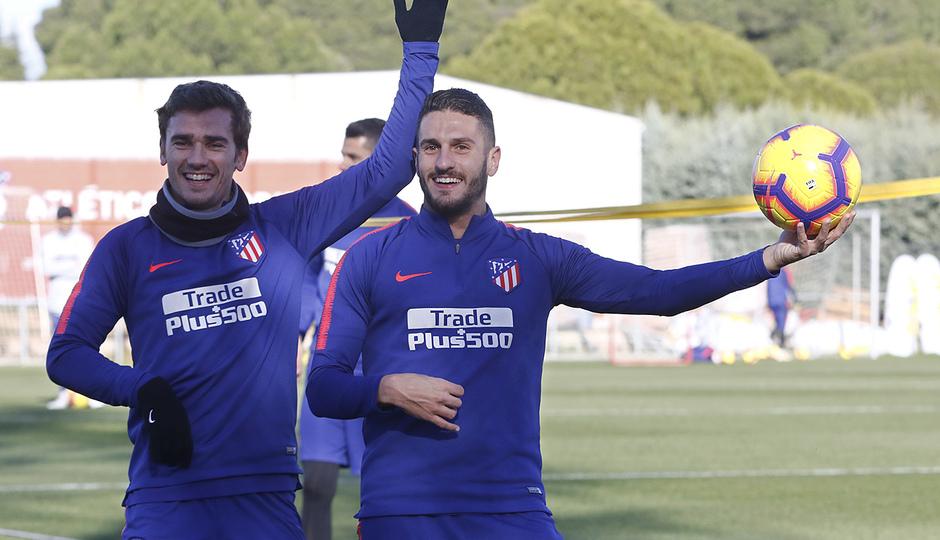 Temporada 18/19 | Entrenamiento en la Ciudad Deportiva Wanda | 30/11/2018 | Koke y Griezmann