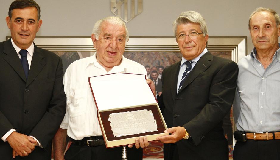 Entrega del Trofeo del I Memorial Jesús Gil y Gil