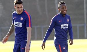 Temporada 18/19 | 06/12/2018 | Entrenamiento en la Ciudad Deportiva Wanda | Giménez y Gelson