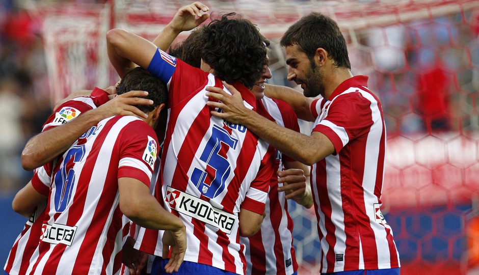 Temporada 13/14. Partido Atlético de Madrid- Rayo Vallecano. celebración gol de Raúl García