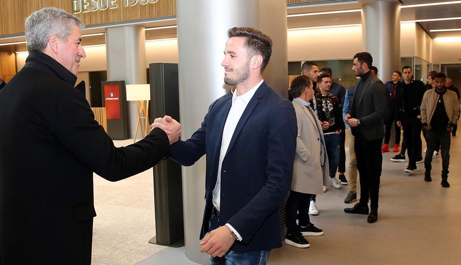 Temporada 18/19 | Visita del primer equipo a las oficinas del Wanda Metropolitano | Saúl y Miguel Ángel Gil
