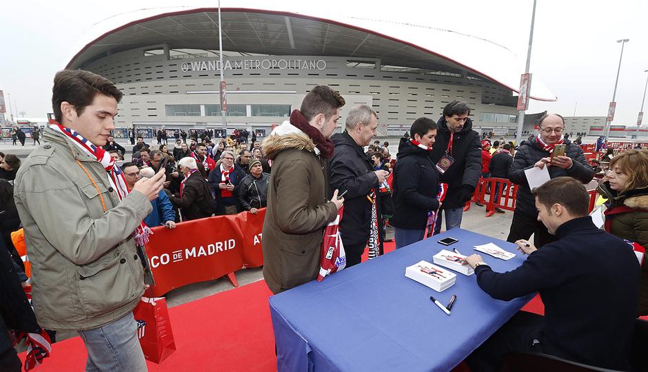 Temp. 18-19 | Atlético de Madrid Espanyol | Homenaje a Gabi