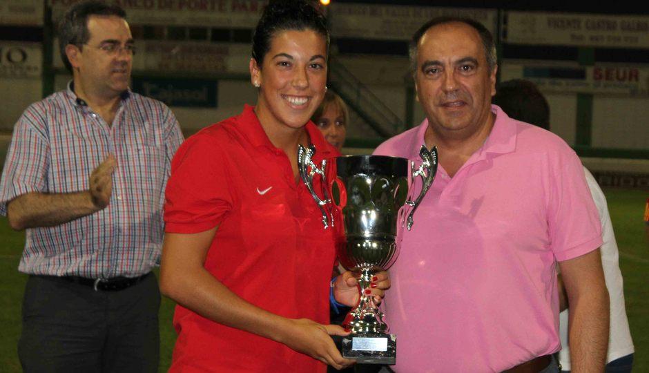 Temporada 2013-2014. Marta Carro junto con el concejal de Pozoblanco