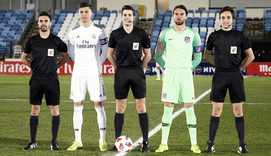 Temp. 18-19   Real Madrid Castilla - Atlético de Madrid   Capitanes