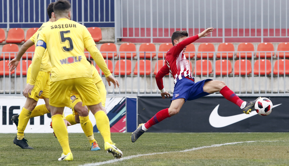 Temporada 18/19 | Atlético de Madrid B - Navalcarnero | Gol Óscar Pinchi