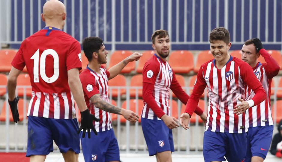 Temporada 18/19 | Atlético de Madrid B - Navalcarnero | Celebración Pinchi