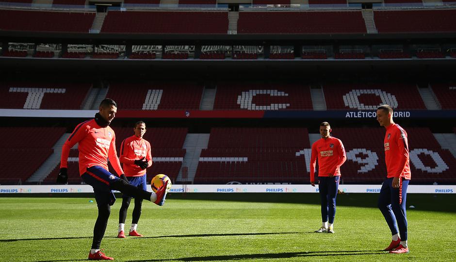 Temporada 18/19. Entrenamiento en el Wanda Metropolitano. Vitolo durante el entrenamiento