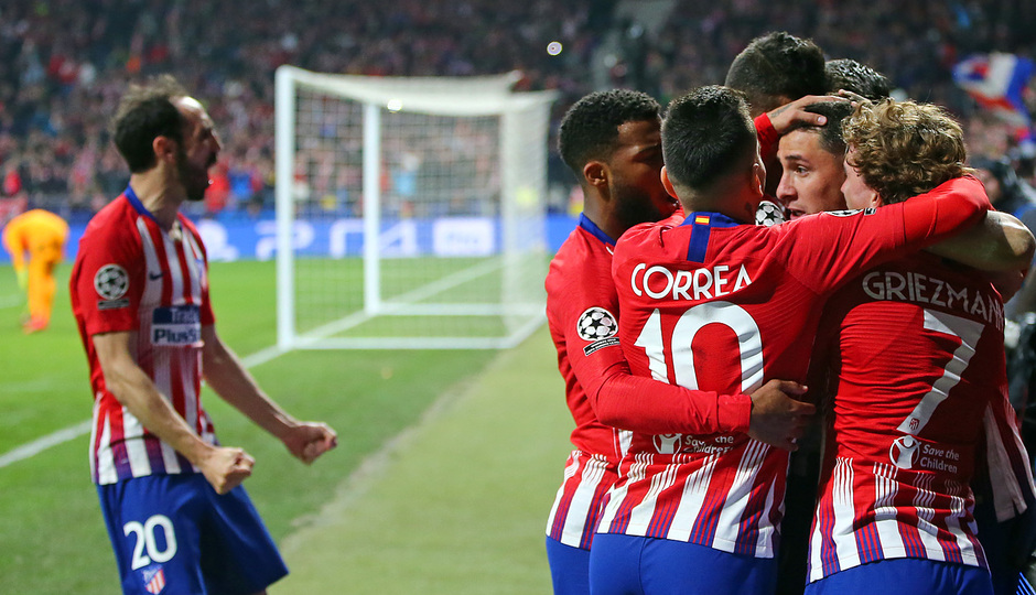 Temp. 18-19   Atlético de Madrid - Juventus   piña