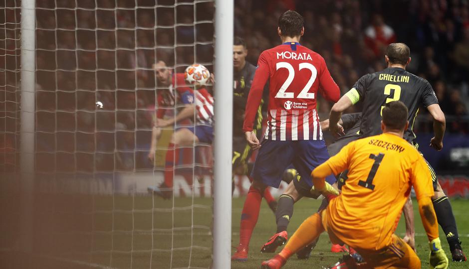 Temp. 18-19   Atlético de Madrid - Juventus   gol Godín