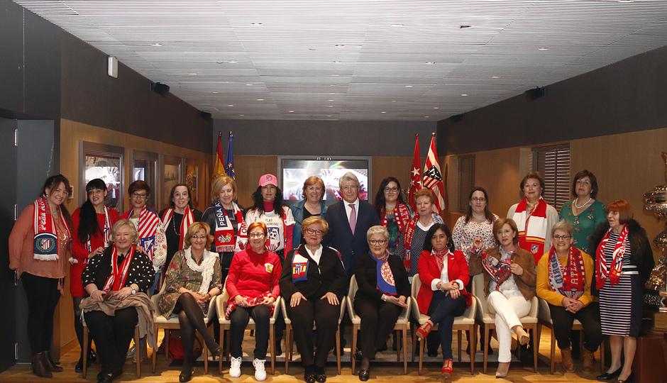 Temporada 18/19 | Atlético de Madrid - Leganés | Presidentas de peñas en el Palco