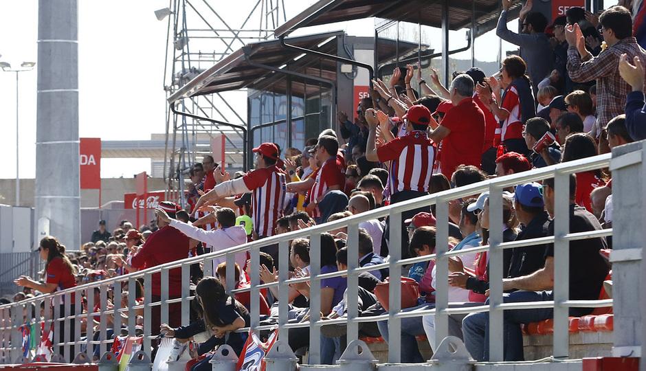 Temporada 18/19 | Atlético de Madrid Femenino - Real Betis | Afición