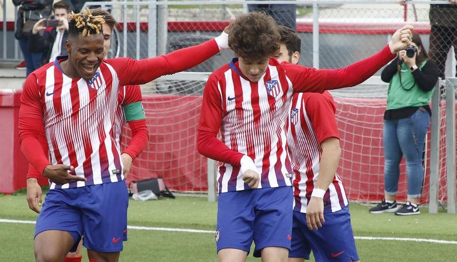 Temporada 18/19 | Atlético de Madrid - UD Santa Marta | Cedric y Roro