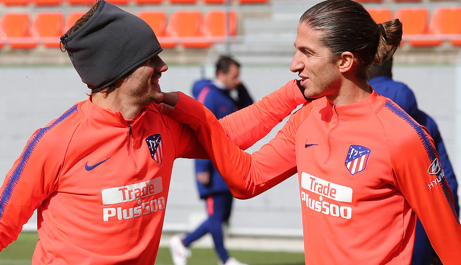 Temporada 18/19. Entrenamiento en la ciudad deportiva Wanda. Filipe y Griezmann durante el entrenamiento.
