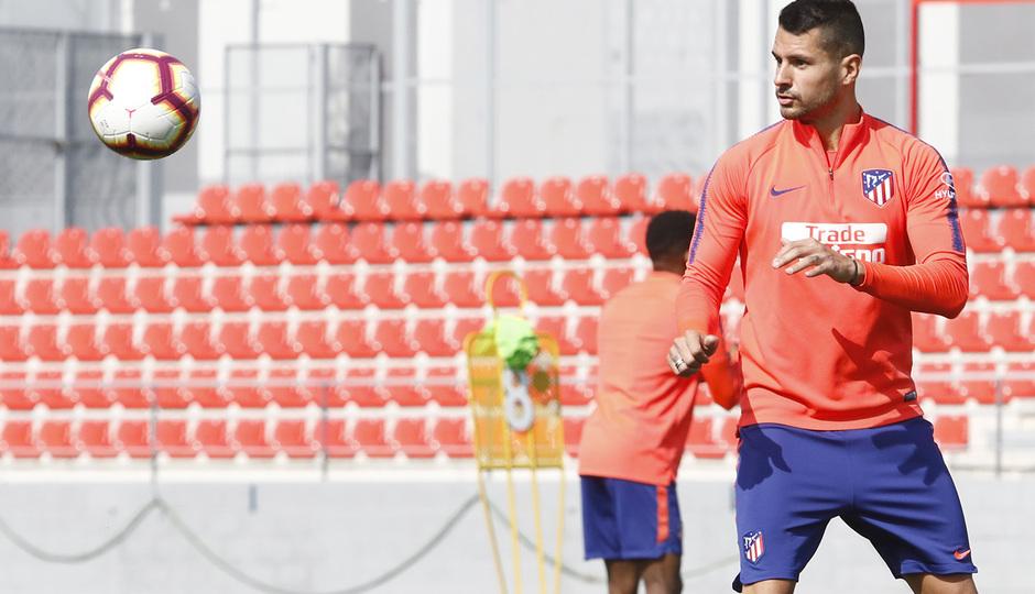 Temporada 18/19 | Entrenamiento del primer equipo | 17/04/2019 | Vitolo