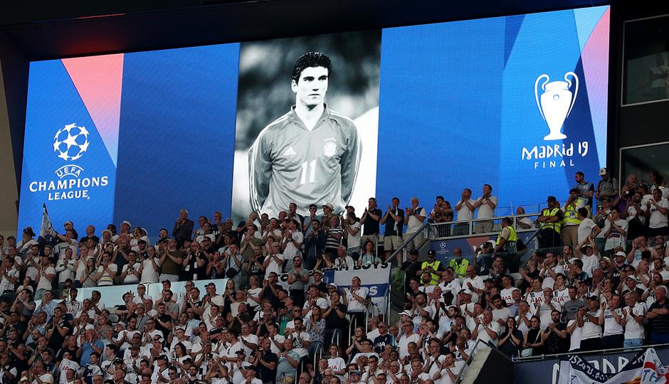 Temp 18/19 | Liverpool - Tottenham | Minuto de silencio Reyes 2