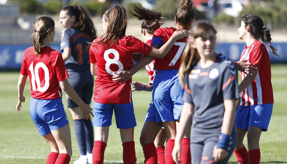 Temp 18/19 | Women's Football Cup | Atlético de Madrid - Zaragoza | Piña