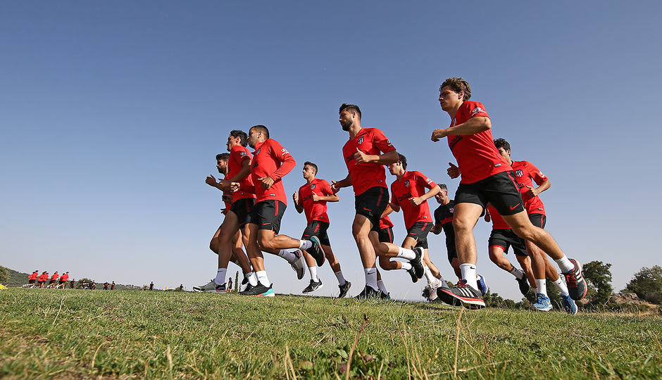 Temporada 19/20. Entrenamiento en los Ángeles de San Rafael. Jugadores durante el entrenamiento