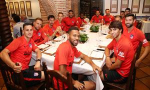 Temp. 19-20 | Cena en el restaurante José María |
