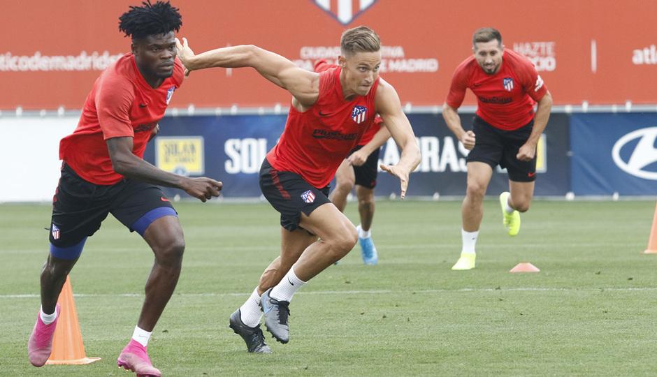 Temporada 19/20 | Entrenamiento del primer equipo | 07/08/2019 | Thomas y Llorente