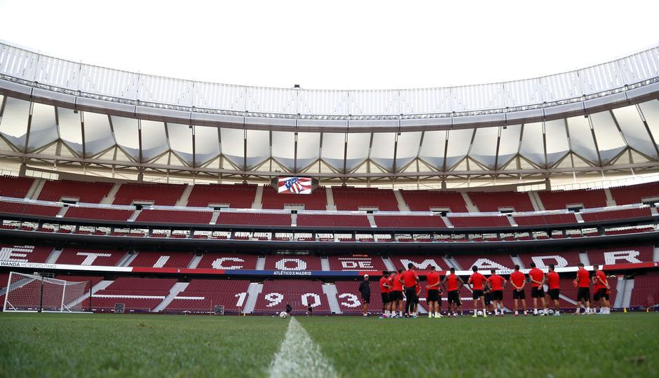 Temp. 19-20 | Entrenamiento en el Wanda Metropolitano | Grupo