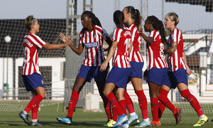 Temporada 19/20   Atlético de Madrid Femenino - Valencia CF Femenino   Triangular   Celebración