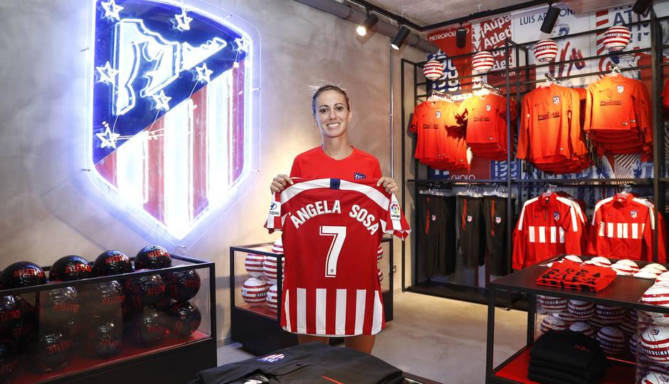 emporada 19/20 | Atlético de Madrid Femenino | Primer entreno Alcalá | Sosa tienda