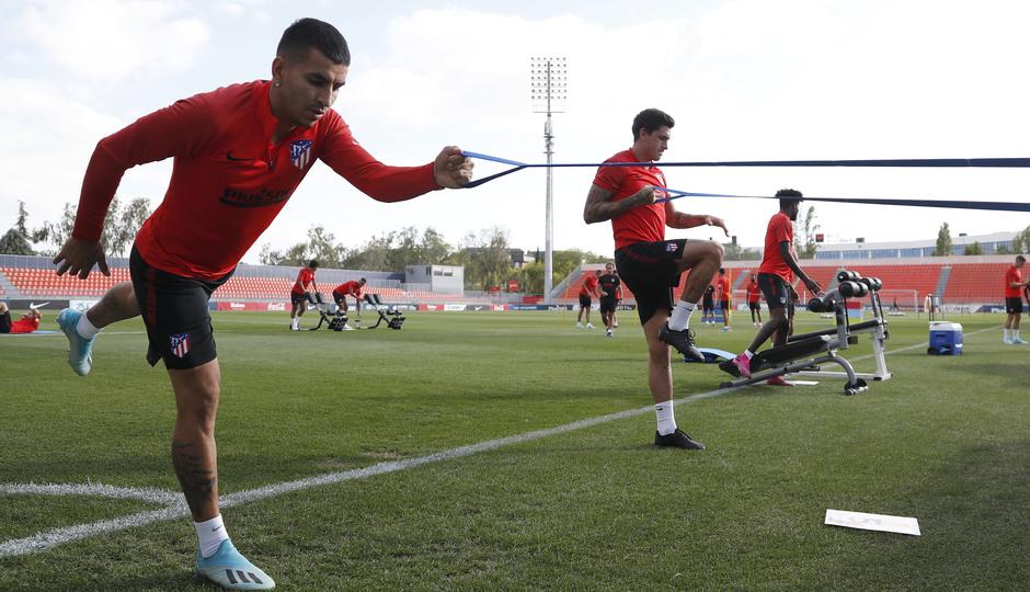 Entrenamiento en la Ciudad deportiva Wanda Atlético de Madrid 12-09-2019. Correa.