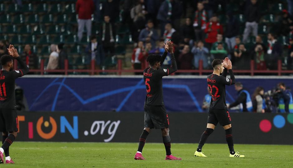 Temp 2019-20 | Champions League | Lokomotiv - Atlético de Madrid | Saludo a la afición