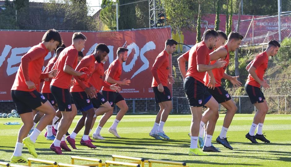 Temporada 19/20 | Entrenamiento del primer equipo previa Valladolid | Grupo