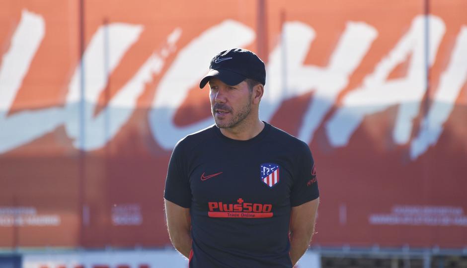 Temporada 19/20 | Entrenamiento del primer equipo previa Valladolid | Simeone 2