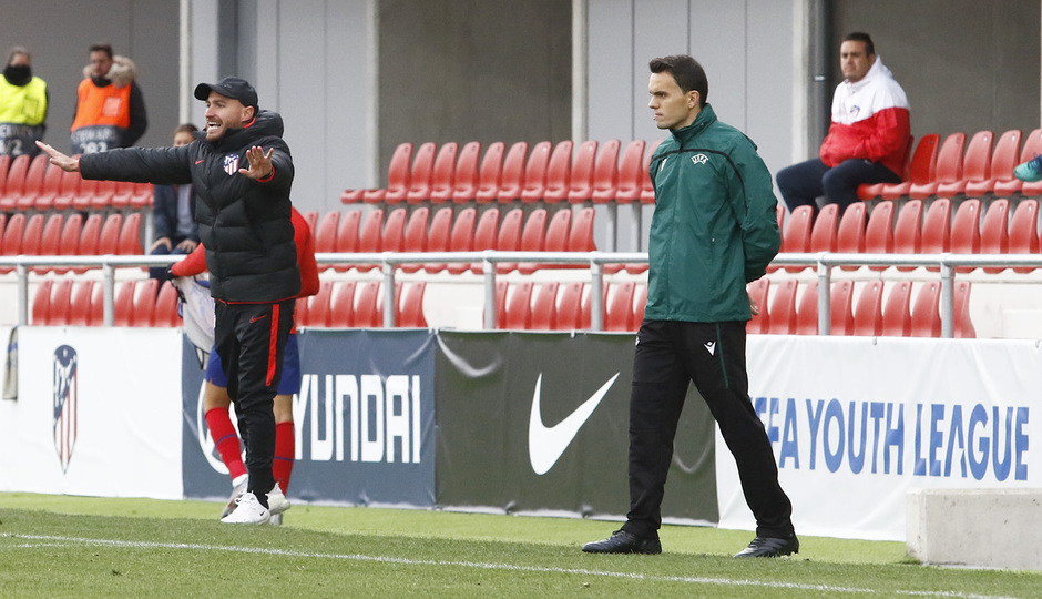 Temp. 19-20 | Youth League | Atlético de Madrid Juvenil A - Bayer Leverkusen | Carlos González