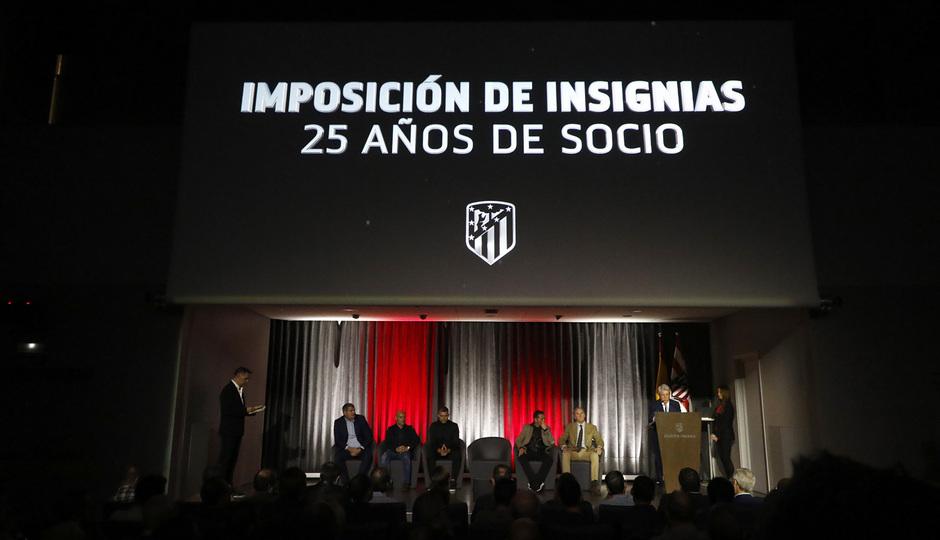 Temporada 19/20 | Imposición de insignias de plata 25 años | 05/11/2019