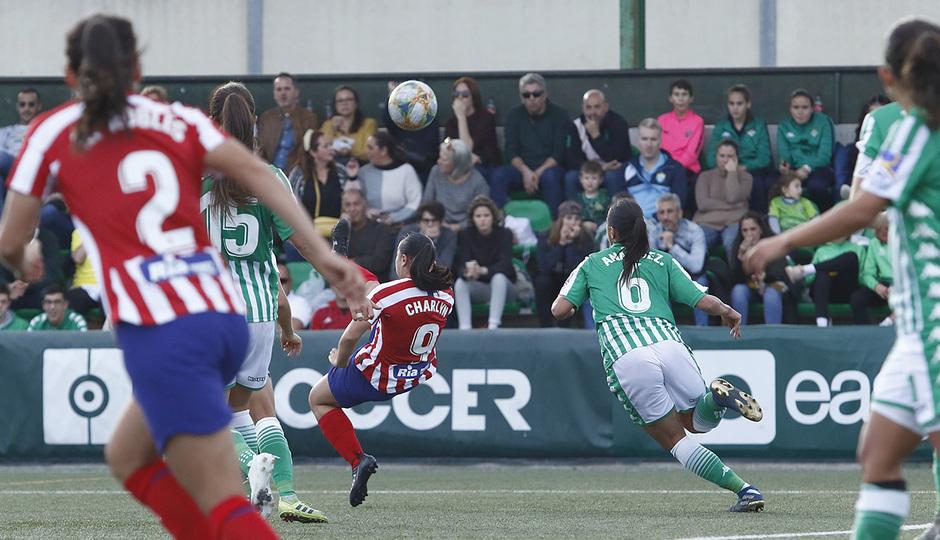 Temporada 19/20   Atlético de Madrid Femenino - Betis   Charlyn