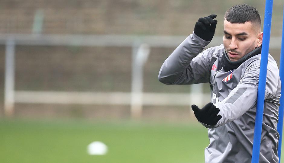 Temporada 19/20. Entrenamiento en la ciudad deportiva Wanda. Correa realizando ejercicios durante el entrenamiento