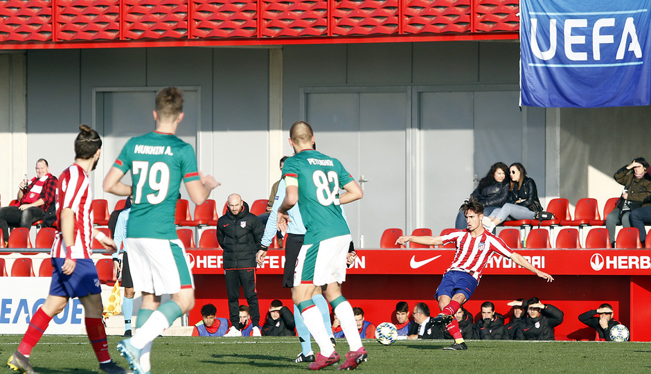 Temporada 19/20. Youth League. Atlético de Madrid Juvenil A - Lokomotiv. Medrano