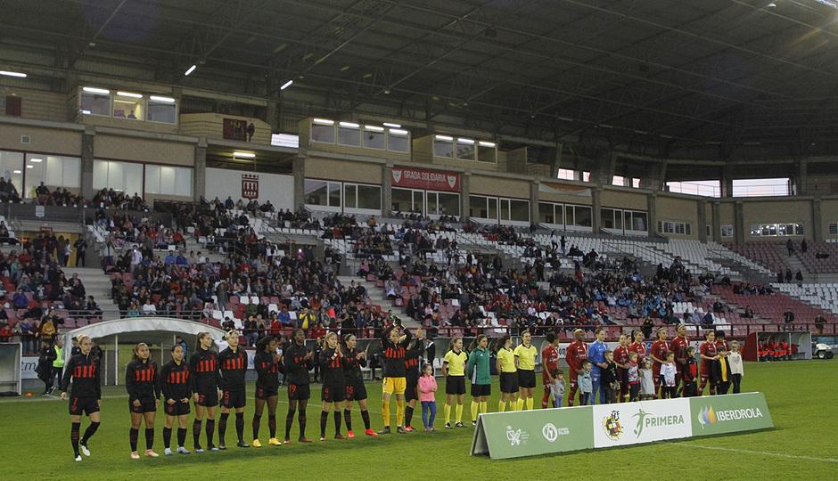 Temp 19/20 | Logroño-Atlético de Madrid Femenino | Equipos saludando