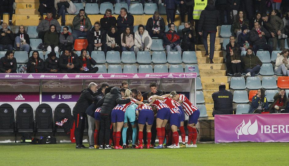 Temporada 19/20   Supercopa   Atlético de Madrid Femenino - Barcelona   Piña