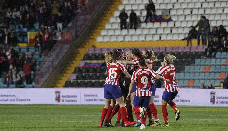 Temporada 19/20   Supercopa   Atlético de Madrid Femenino - Barcelona   Celebración
