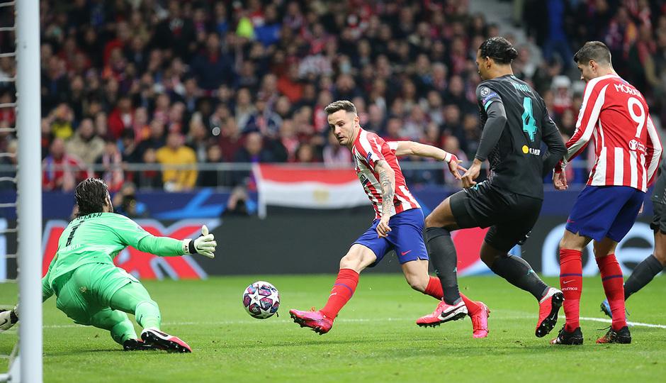 Temporada 19/20   Atlético de Madrid - Liverpool   Saúl