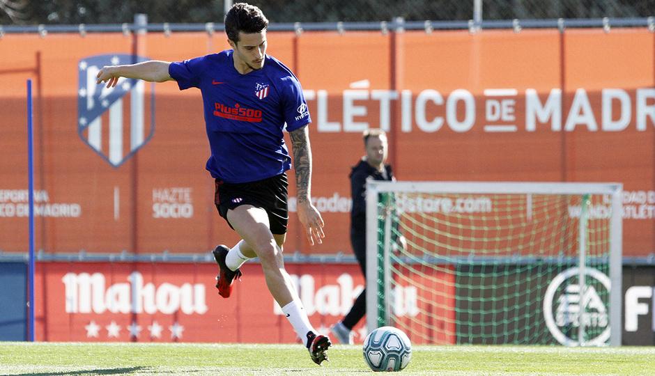 Temporada 19/20 | Entrenamiento del primer equipo en la Ciudad Deportiva Wanda | 24/02/2020 | Hermoso