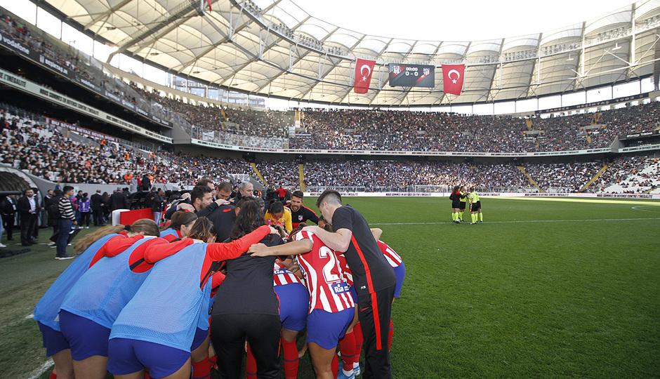 Temp. 19-20 | Besiktas - Atlético de Madrid Femenino | Piña