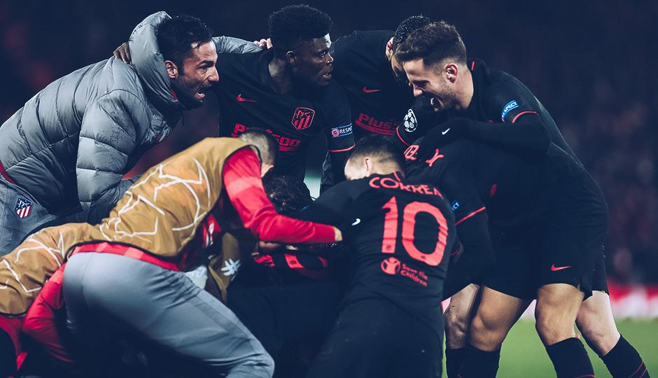 Temporada 19/20   Liverpool - Atlético de Madrid   La otra mirada   Celebración, piña